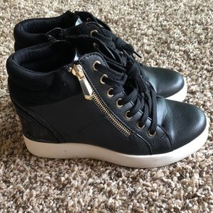 ailanna sneakers